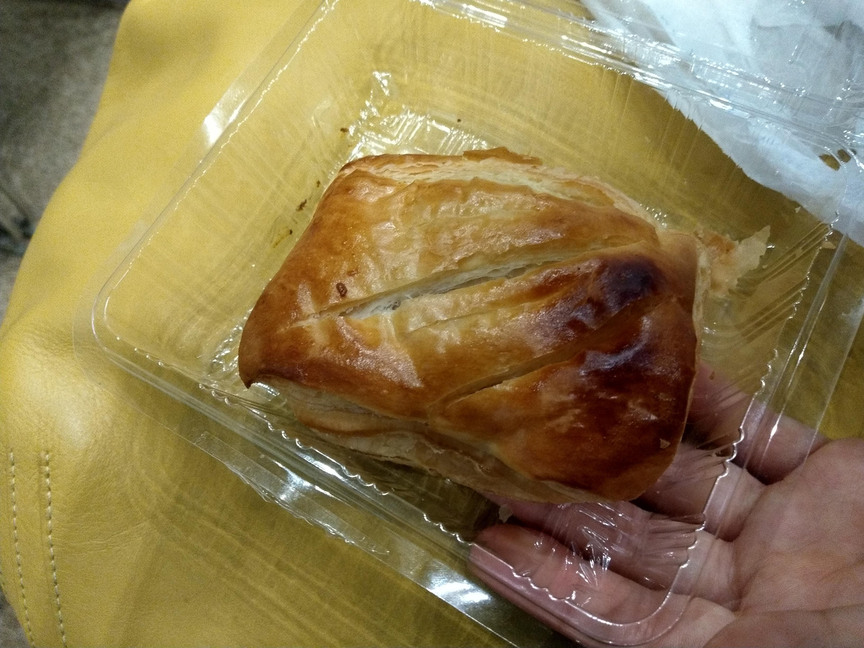 スワンベーカリーのアップルパイ